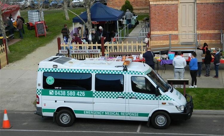 Emergency Medical Response on duty outside the Dunolly Town Hall